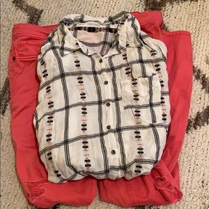🎉 3 for $15 🎉 Button down blouse